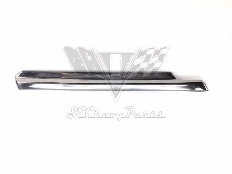 1966 chevy impala oem right door vent reveal beltline